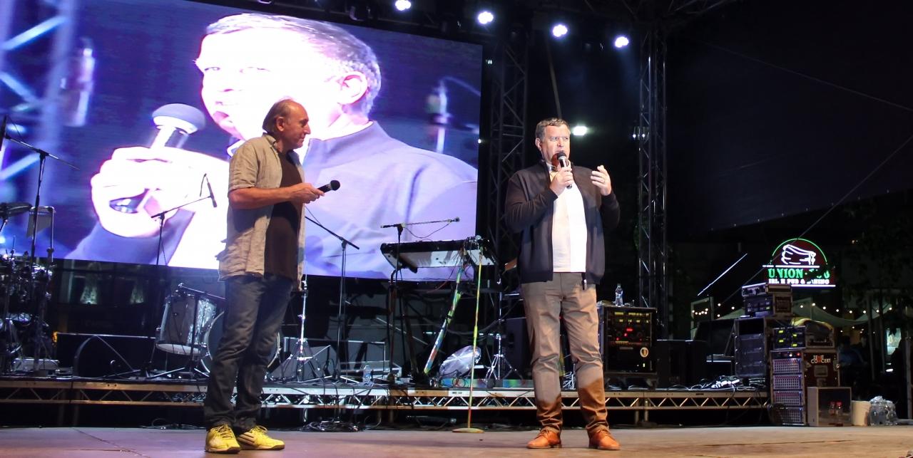 Concert de muzică pop-rock cu artişti locali, Cally Roda, Aris, Andreea Bălan & Band şi Voltaj